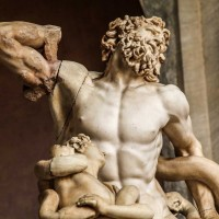 Admire incredible sculptures like the Laocoon on our Vatican Museums night tour