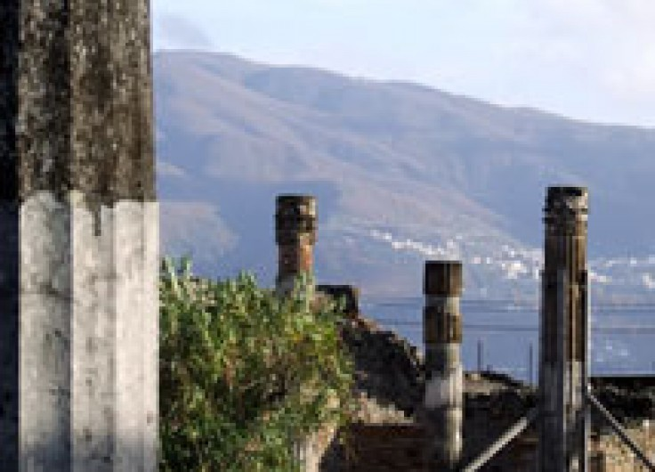 Pompeii Day Trips from Rome by Speed Train