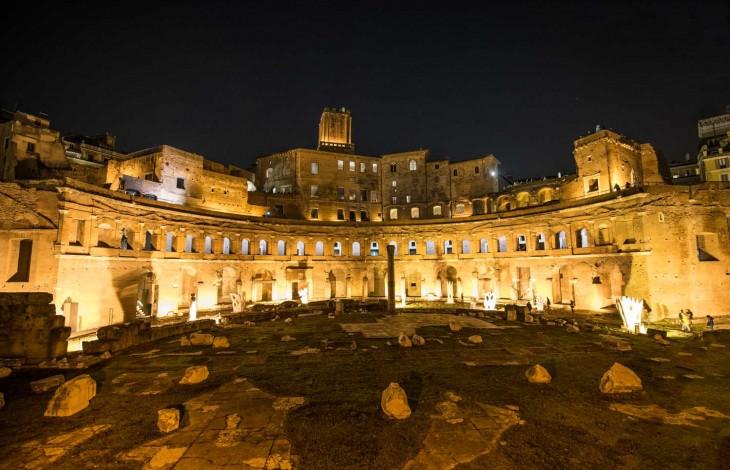 Spectacular Colosseum Light Show