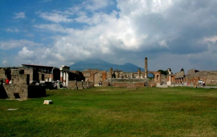 Ancient Pompeii: Italy's calling card