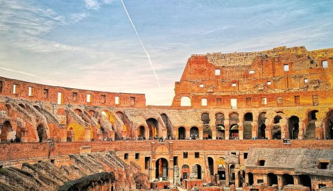 Piazzas of Rome Tour with Colosseum & Roman Forum - image 3