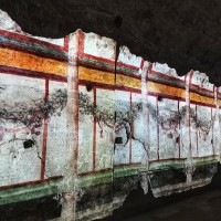 Learn about the splendours of Roman wall painting