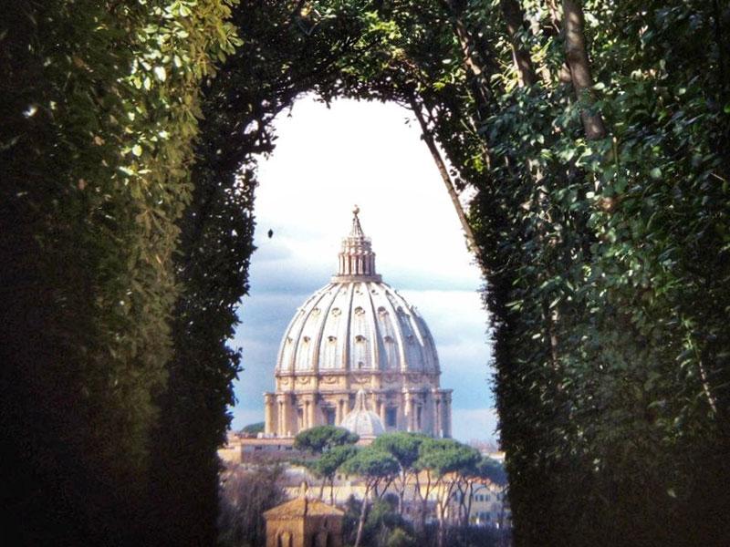 Magic keyhole, Rome