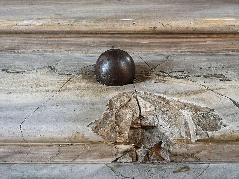 Cannonball in Palazzo Colonna, Rome