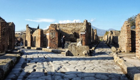 Pompeii Tour & the Archeological Museum of Naples - image 4