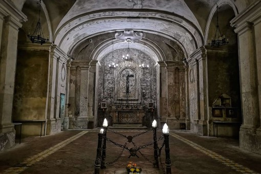 Hidden Naples Tour: Discover unexpected beauty above and below the ground