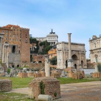 Discover the temples, courthouses and basilicas of ancient Rome in the Forum