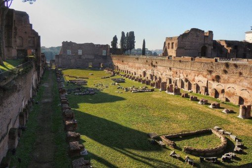 Private Tour of the Colosseum with Roman Forum & Palatine Hill 3hrs