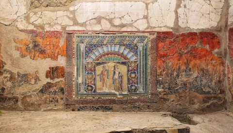 Gaze on fabulous mosaics and frescoes and learn the secrets of art in antiquity