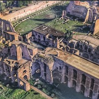 Recreate the lavish palaces of the Palatine Hill with the expert help of Graeclyn